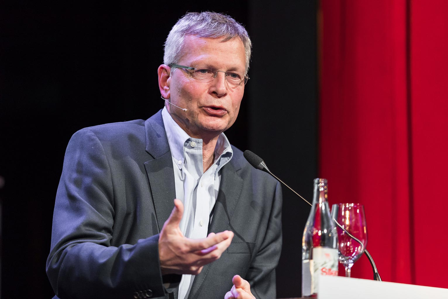 Dani Rodrik (Harvard University) advocated for a fairer, more sustainable globalization.